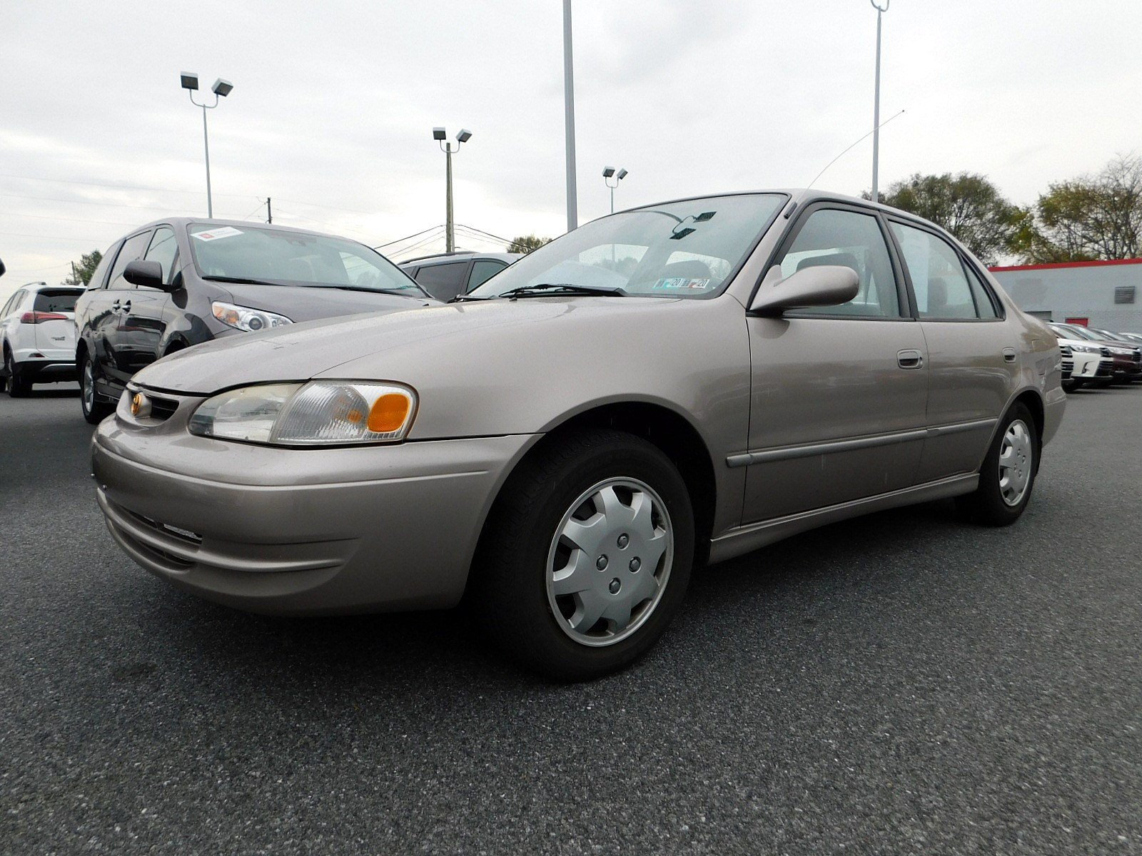 Pre-Owned 1998 Toyota Corolla LE