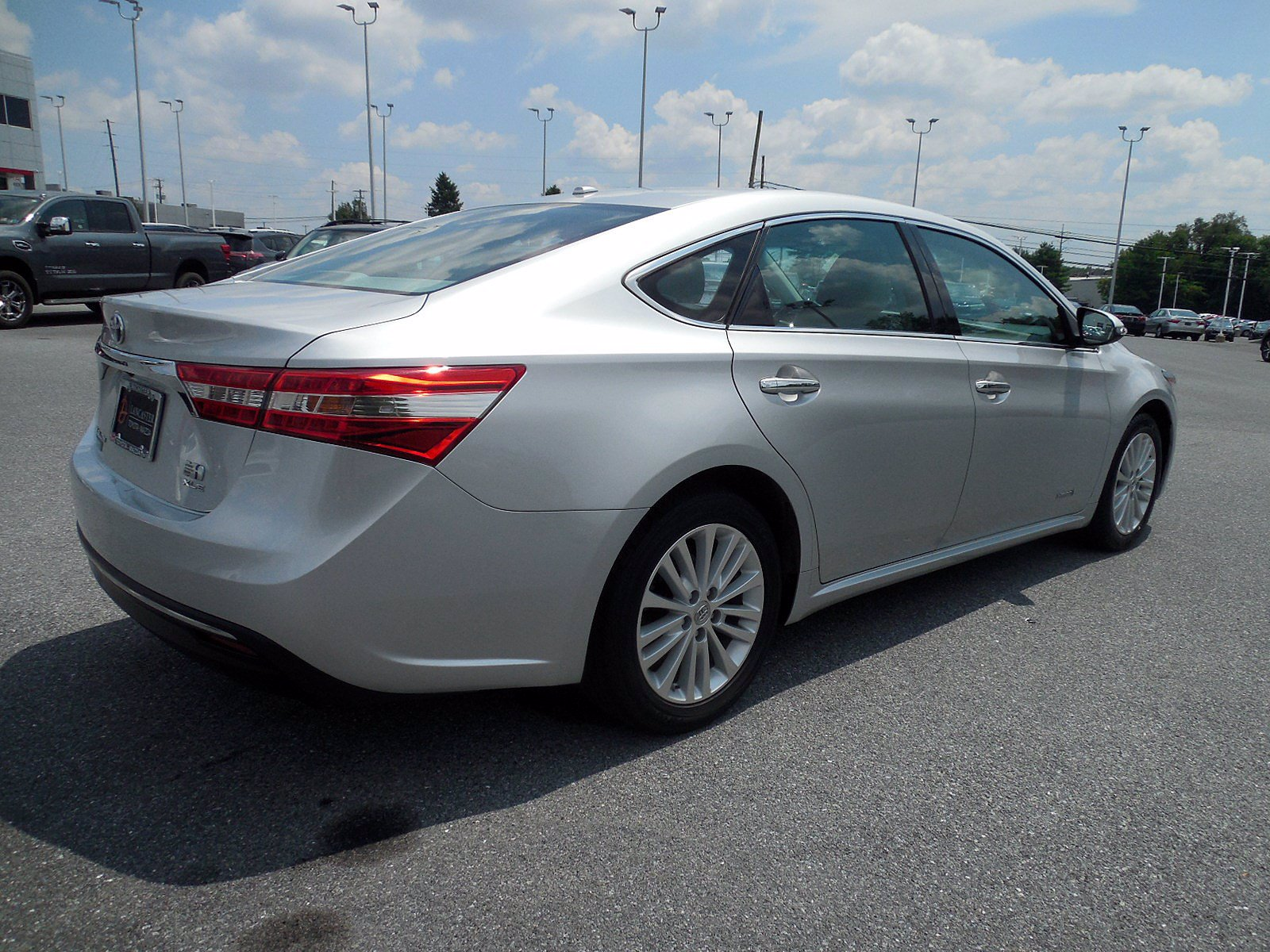 Pre-Owned 2014 Toyota Avalon Hybrid XLE Touring