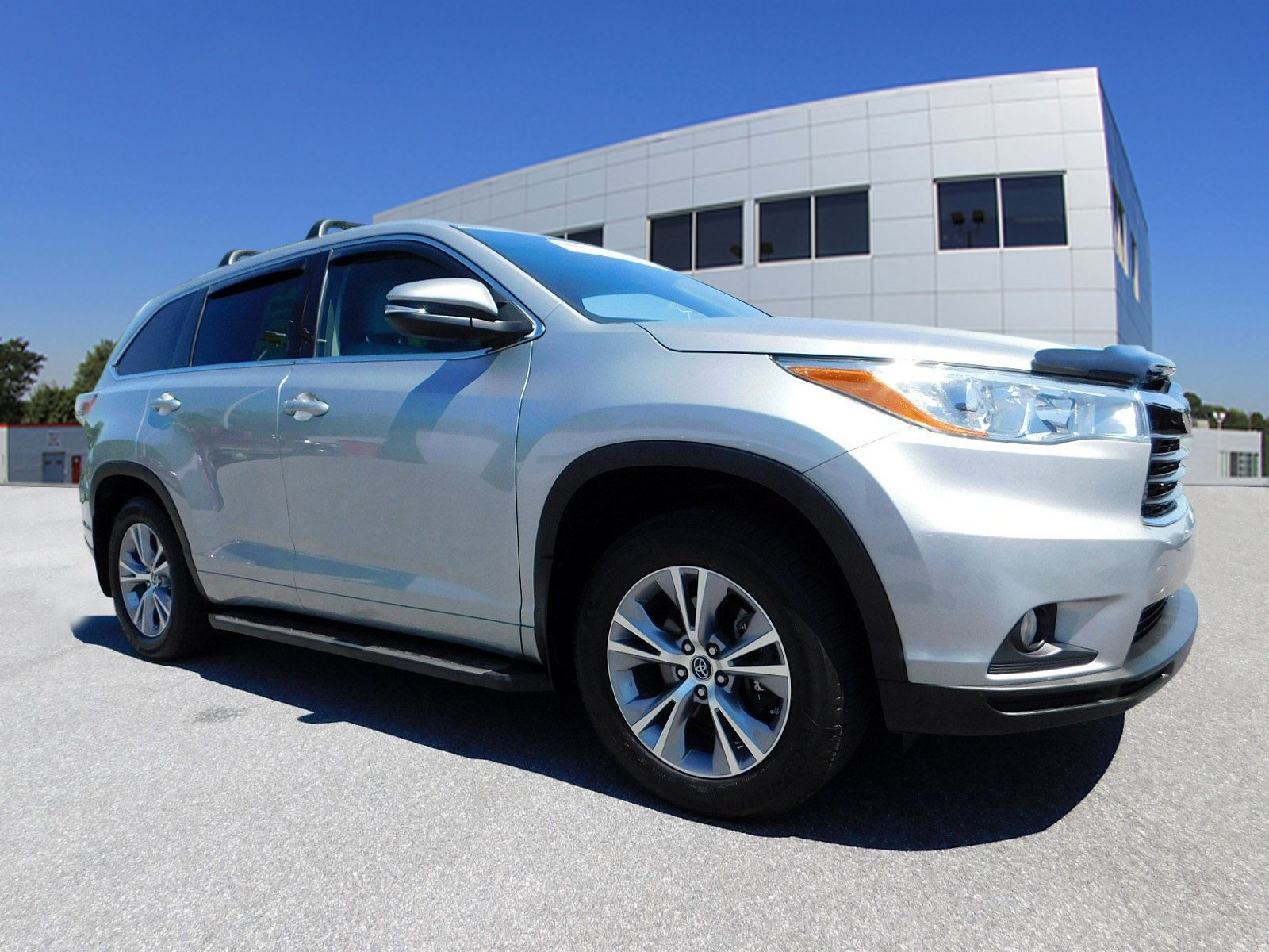 Pre-Owned 2016 Toyota Highlander LE Plus
