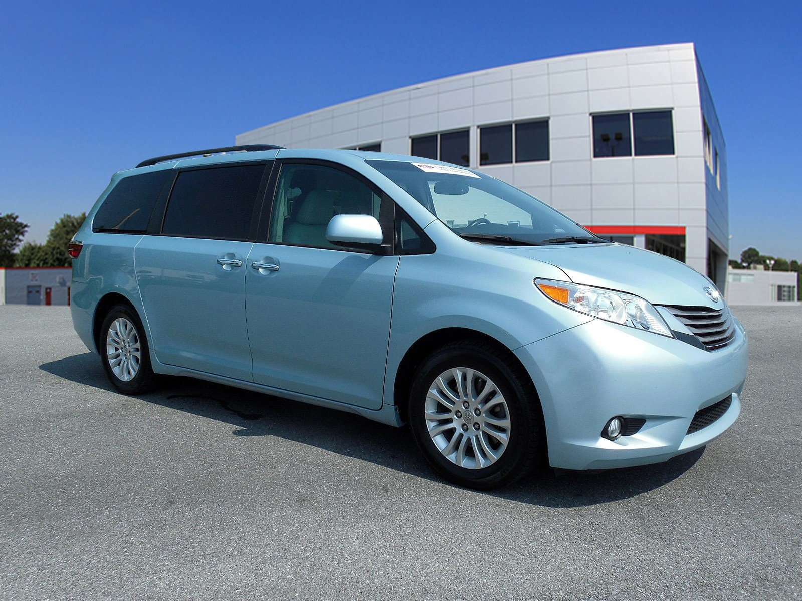 Toyota Sienna Service Manual: Television camera