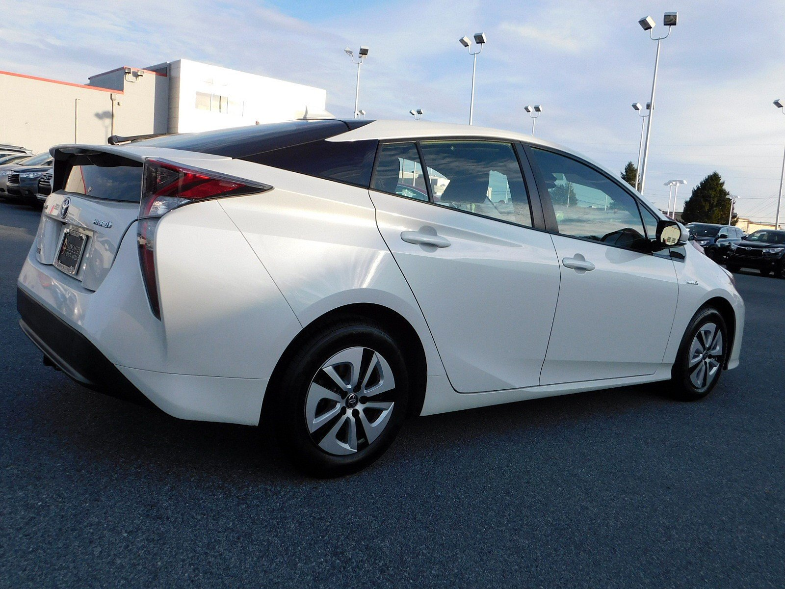 Pre-Owned 2016 Toyota Prius Three